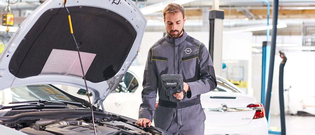 Opel onderhoud bij Autobedrijf van Staalduinen