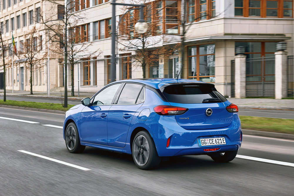 Opel-Corsa-e-kleur-blauw